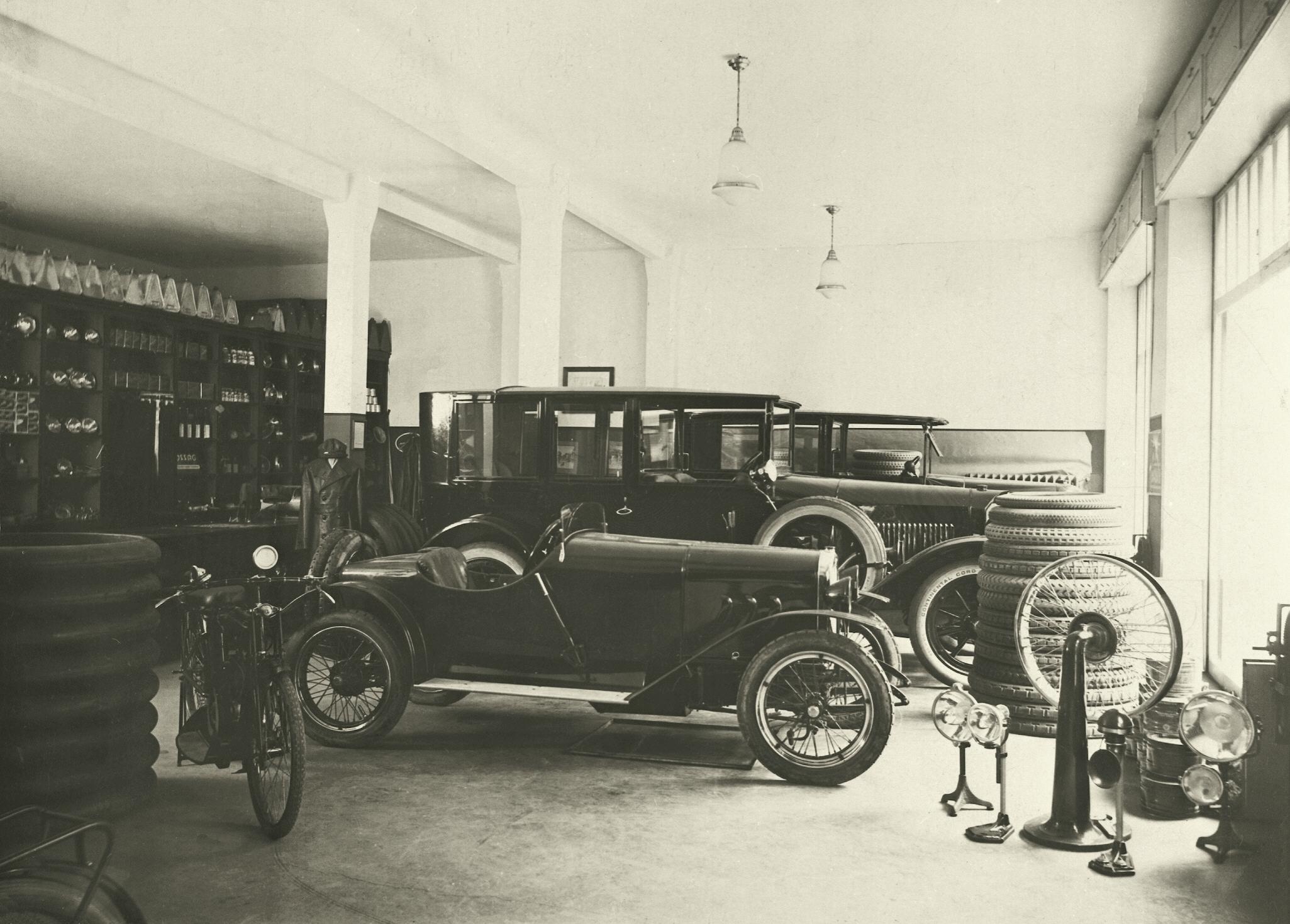 W8 Sportzweisitzer 1924-03